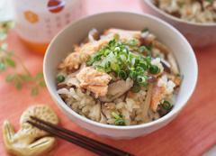 秋鮭の炊き込みご飯