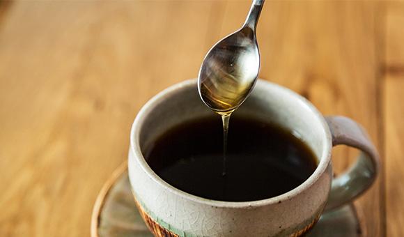コーヒーにはちみつが砂糖よりおすすめ?